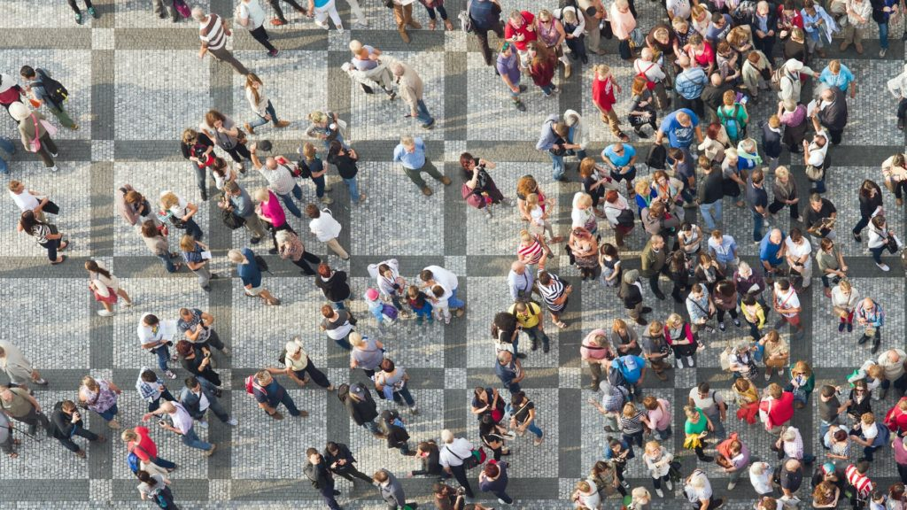 img-crowd-1024×576